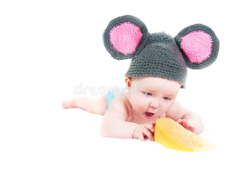 Das Kleinkind mit Käse stockbild
