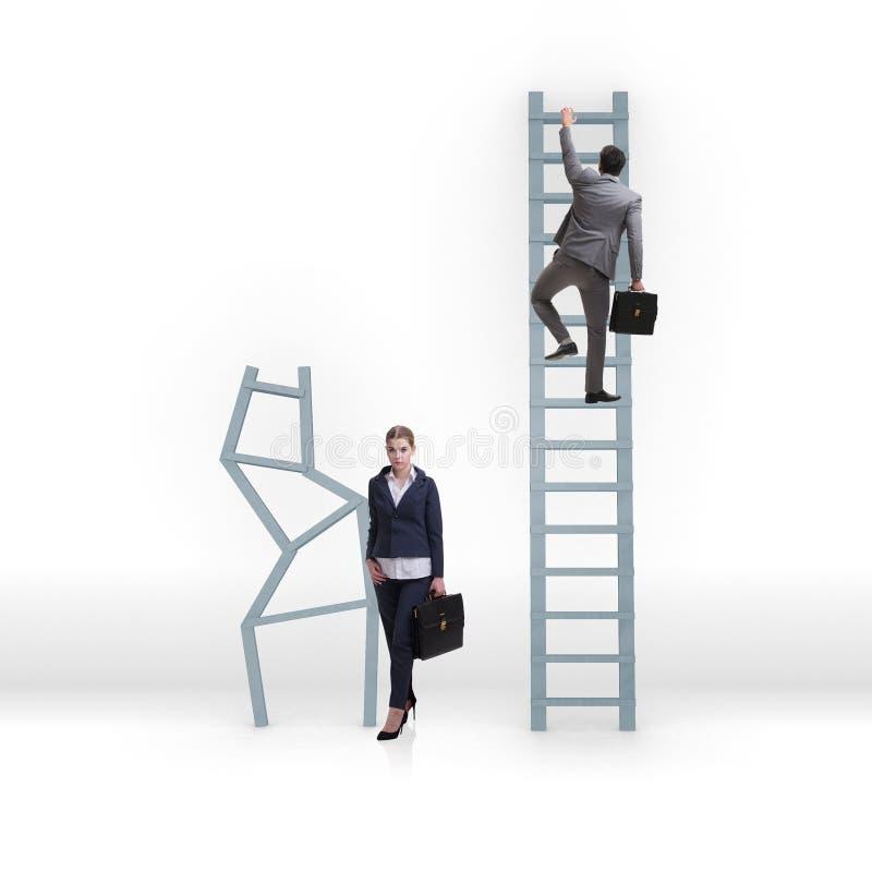 Das Konzept von ungleichen Karrieregelegenheiten zwischen Mannfrau lizenzfreie stockbilder