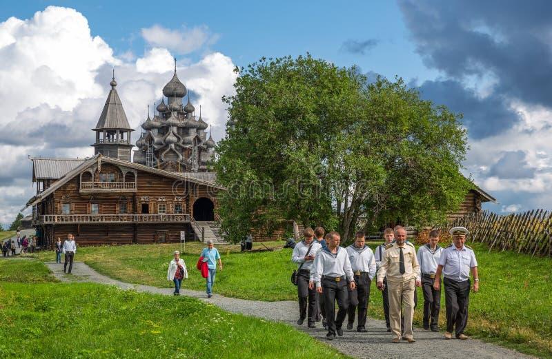 Das Landleben und die religiösen Monumente von Karelien-Region lizenzfreie stockfotos