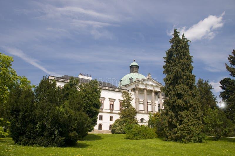 Das Landsitzhaus von Topolcianky lizenzfreie stockfotos
