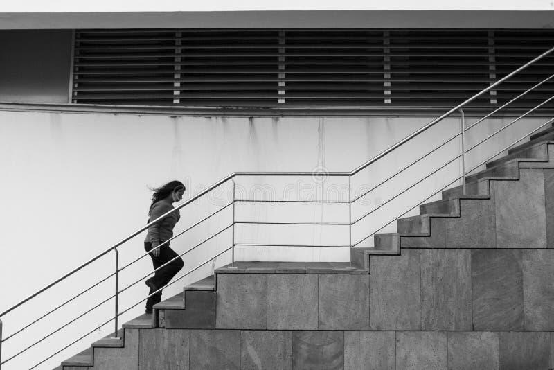 Das Leben ist eine Treppe, die steigt stockfoto