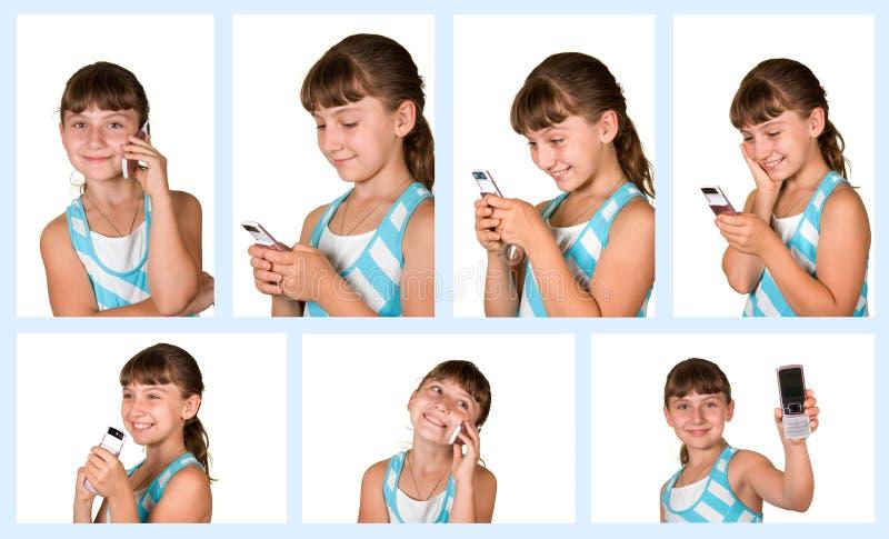 Das Mädchen mit Handy stockfoto