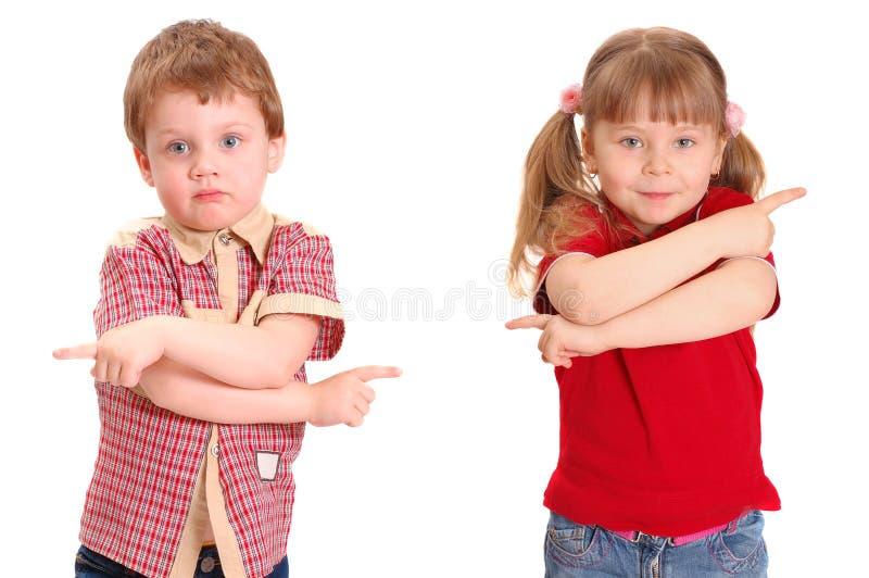 Das Mädchen und der Junge spezifizieren eine Methode lizenzfreies stockbild