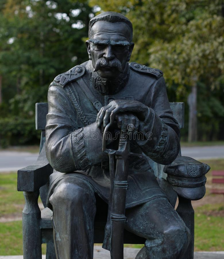 Das Monument von Jozef Pilsudski hat in Sulejowek nahe Warschau gewesen A lizenzfreies stockbild