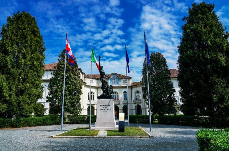 Das Monument zu gefallen von San Maurizio Canavese stockbilder