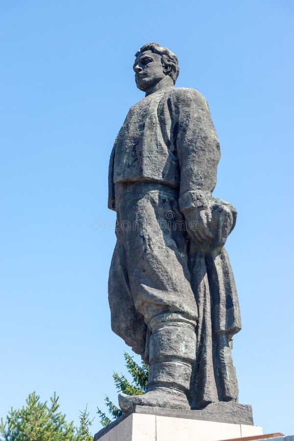 Das Monument zum bulgarischen Helden Vasil Levski in Lovech stockfotos