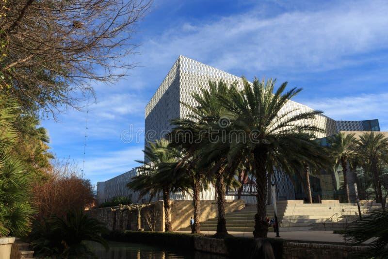 DAS MUSEUM DES SAN ANTONIO-FLUSS-WEGS, MCNAY-KUNST stockfotografie
