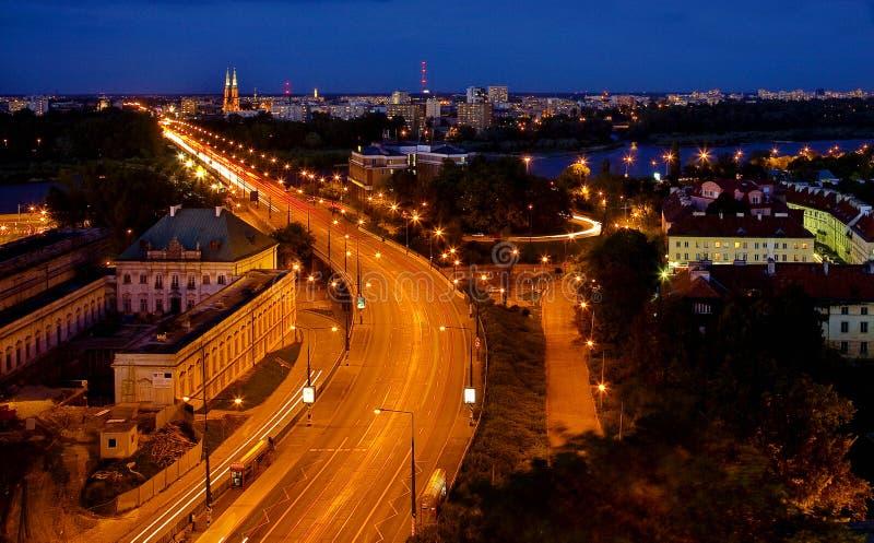 Das Nachtstück der Stadt lizenzfreie stockfotografie