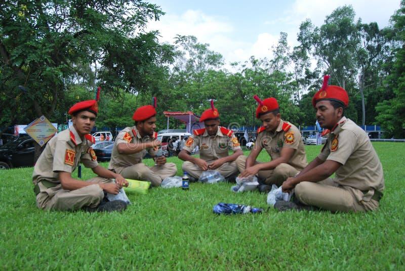 Das nationale Kadett-Korps BNCC Bangladeschs ist eine Dreiservice-Organisation, welche die Armee, die Marine und die Luftwaffe fü lizenzfreie stockfotografie