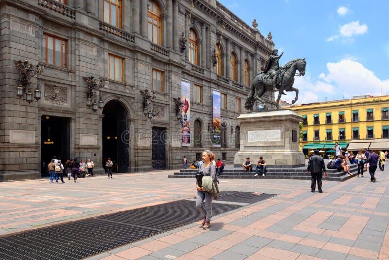 Das Nationalmuseum der Kunst in der historischen Mitte von Mexiko City stockbild