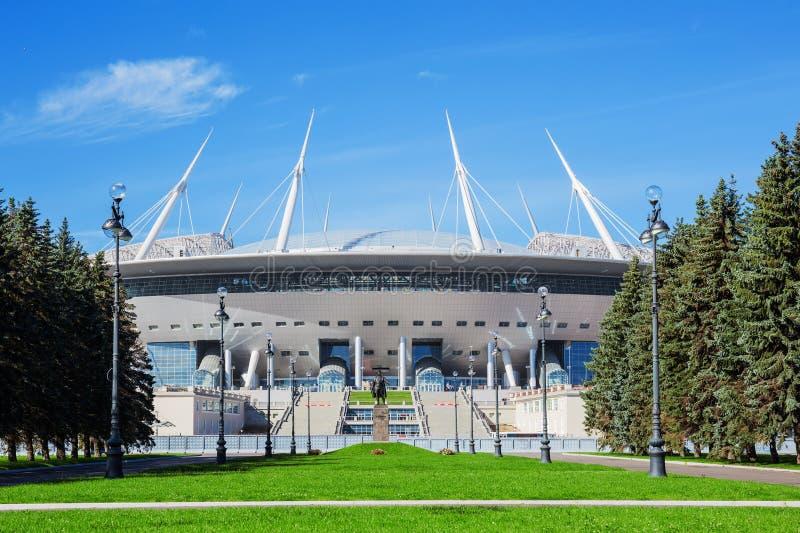 Das neue Fußball St- Petersburgstadion u. das x28; Krestovsky& x29; in St- Petersburgander Bau lizenzfreie stockbilder