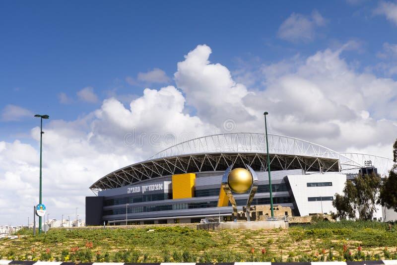Das neue Natanya Fußballstadion stockfotos