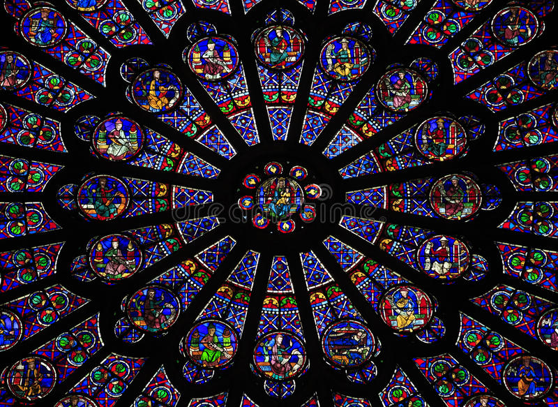 Das Nord-Rosen-Fenster in Notre Dame-Kathedrale, Paris stockfoto