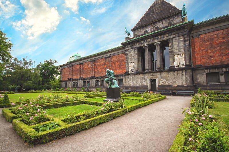 Das Ny Carlsberg Glyptotek ist ein Kunstmuseum in Kopenhagen stockfotografie