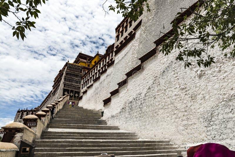 Das Potala-Palast in Lhasa, Tibet lizenzfreie stockfotos