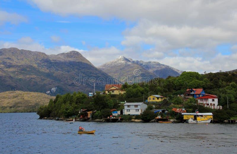 Das Puerto Eden in Wellington Islands, Fjorde von Süd-Chile stockbild