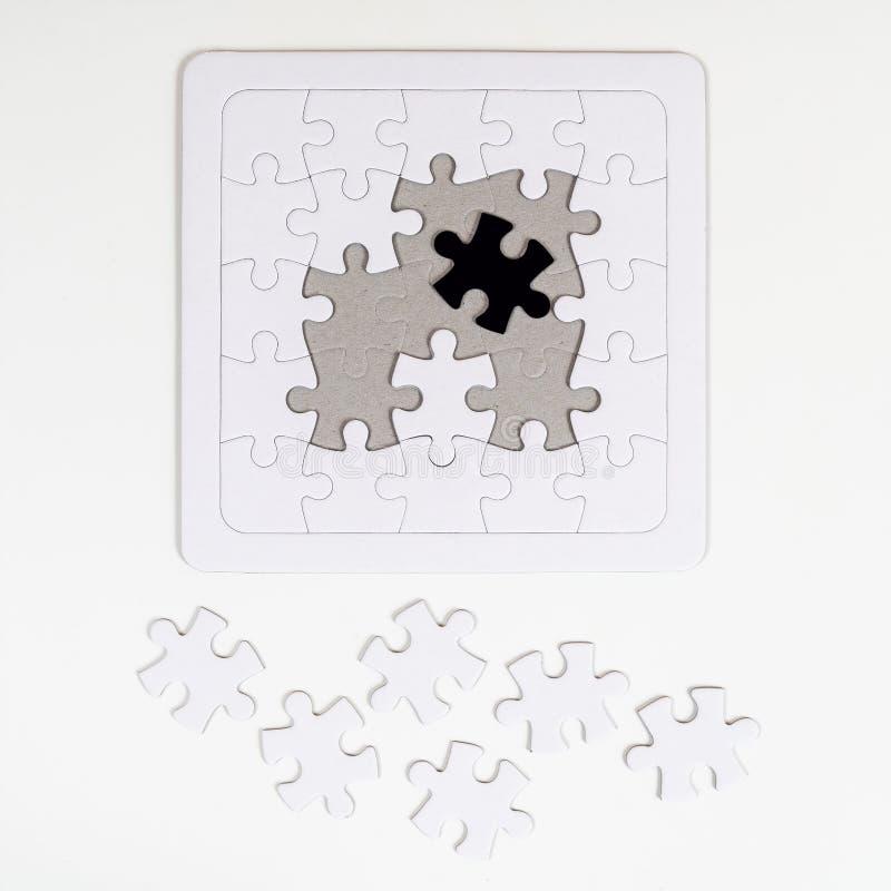 Das Puzzlespiel lizenzfreie stockbilder