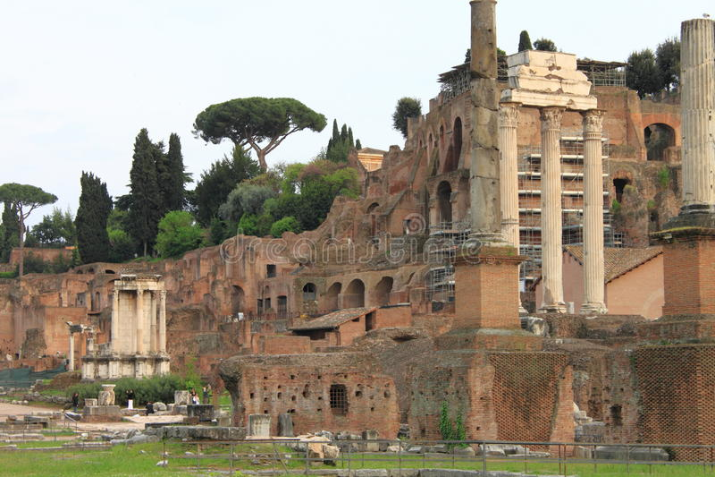 Das römische Forum lizenzfreies stockbild