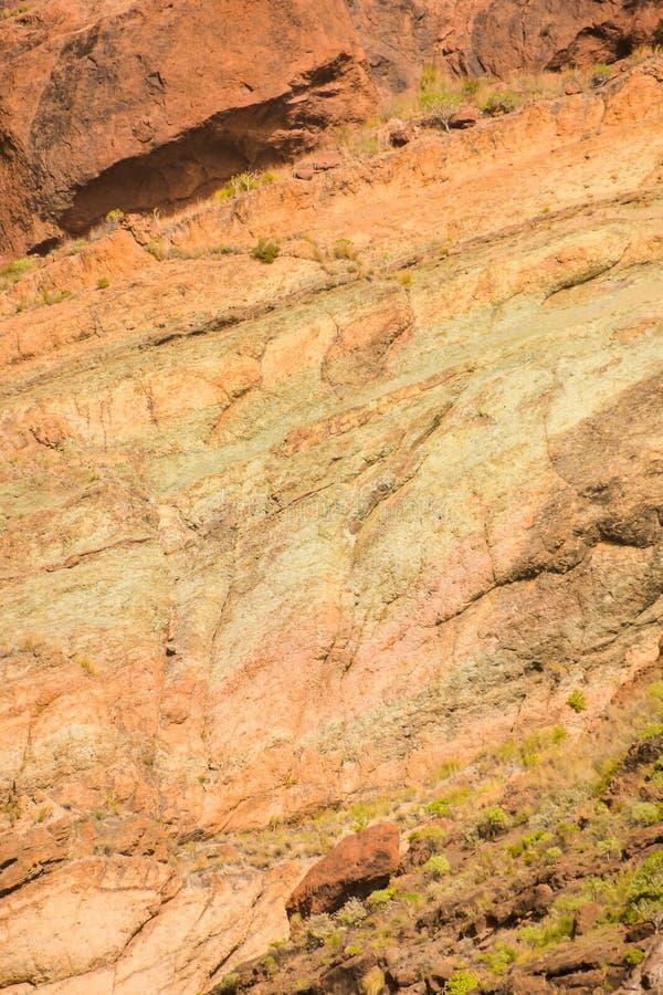 Das rochas coloridas vulcânicas do Los Azulejos da paisagem de Gran Canaria erupções hydromagmatic imagens de stock