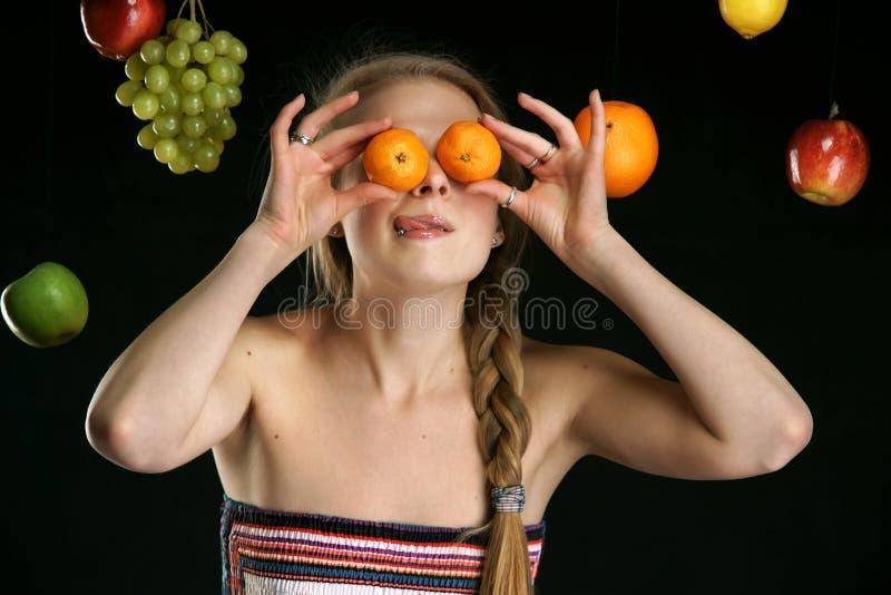 Das schöne Mädchen stockfotos
