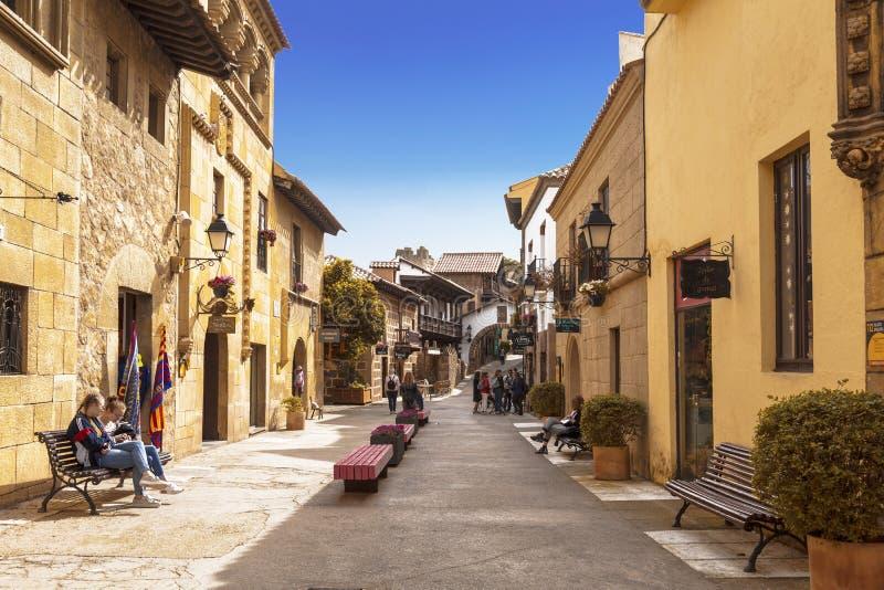 Das spanische Dorf in Barcelona ist ein Freiluftmuseum katalonien stockbild