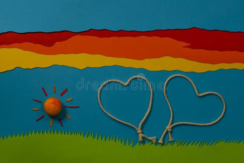 Das Spiel der Kinder: Liebe in der Luft lizenzfreie stockfotos