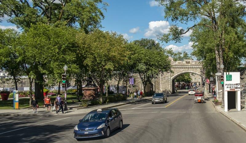 Das St.- Louistor, das altes Quebec kommt lizenzfreie stockfotos