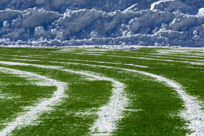 Das Stadion freigemacht von Schnee lizenzfreie stockfotografie