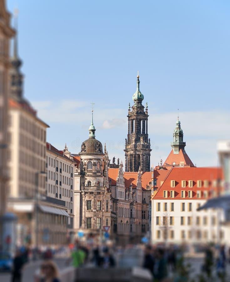 Das Stadtzentrum von Dresden mit historischen Gebäuden stockbilder