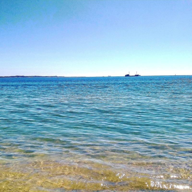 Das Strand-Leben ist das beste Leben LIEBEN Sie die Farben des Wassers Gut f?r Ihre Gesundheit stockfotos