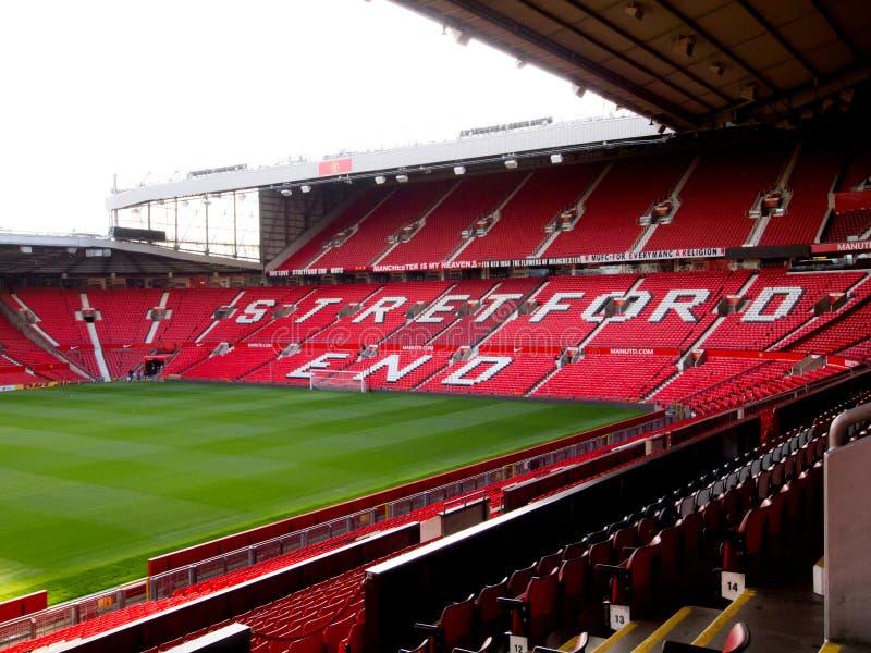 Das Stretford Ende des alten Trafford Stadions stockbilder