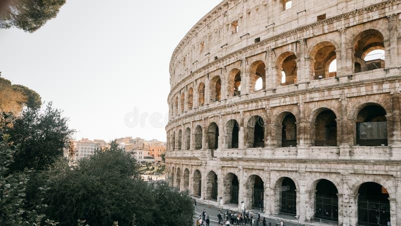 Das Symbol von Rom, das Amphitheater des Colosseum, stockbild