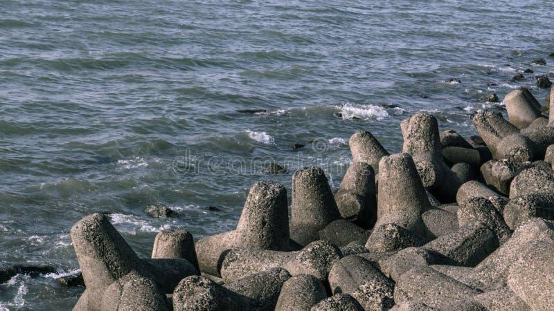 Das Tetrapods von Marine Drive lizenzfreies stockbild
