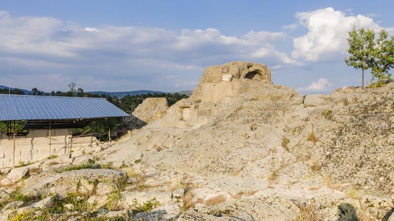 Das thracian Schongebiet und das Grab Tatul lizenzfreie stockfotografie