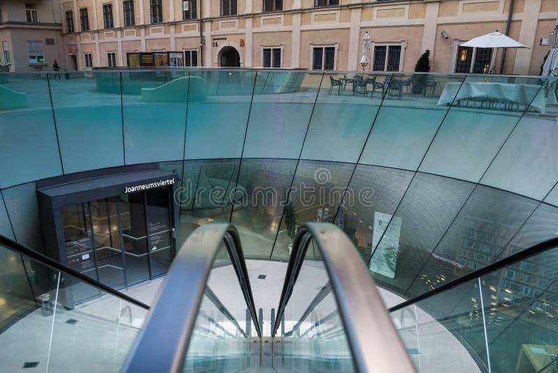 Das Universalmuseum Joanneum in Graz stockfotos