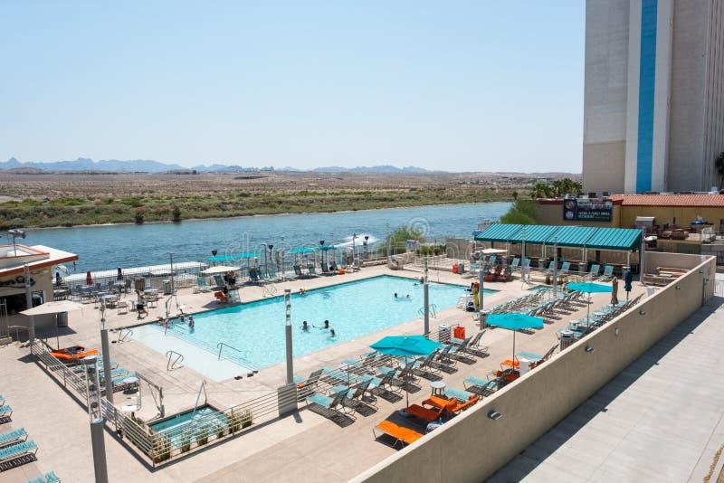 Das Wassermann-Hotel-Pool lizenzfreie stockbilder