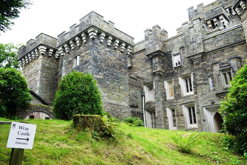 Das Wray-Schloss nahe See Windermere in Cumbria, England stockfotos