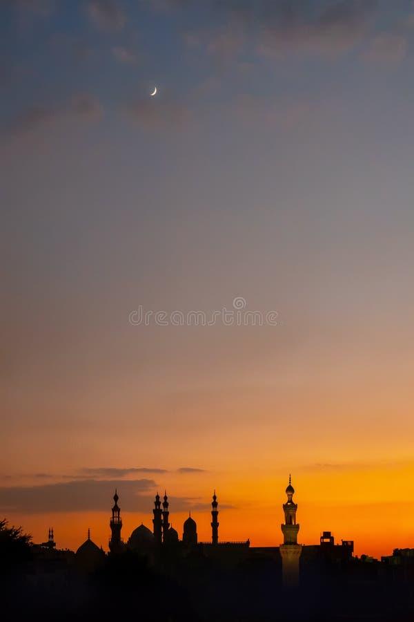 Das zwei Moscheen Al-Rifa 'i und Sultan Hassan in Kairo Ägypten in SU lizenzfreie stockfotos