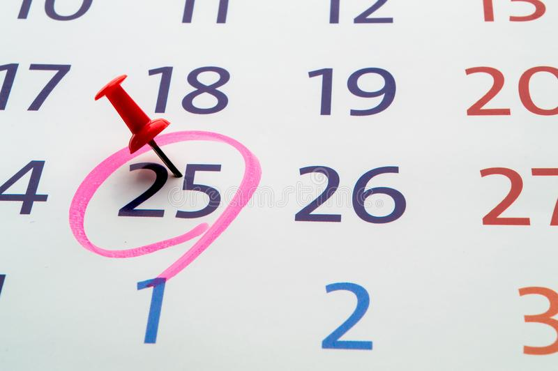 Data kalendarz z czerwonym okręgiem obrazy royalty free