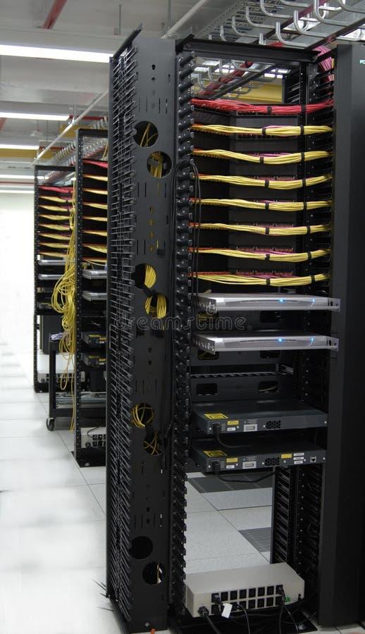 Datacenter: KVM Lösungen am Reihenende lizenzfreie stockfotos