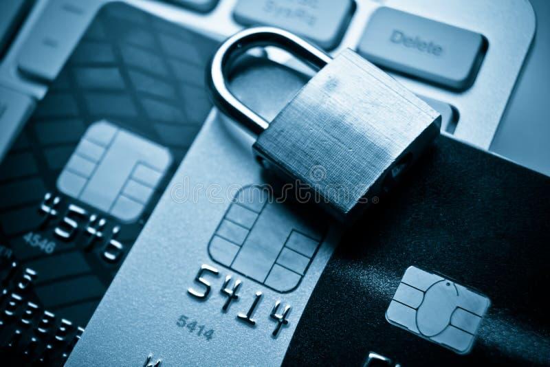 Datakryptering på kreditkort royaltyfri bild