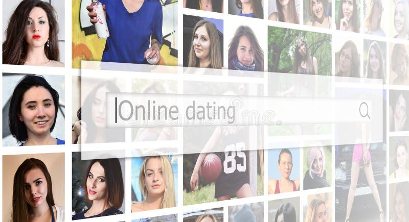 Datazione online Il testo è visualizzato nella search box sulle sedere fotografie stock libere da diritti