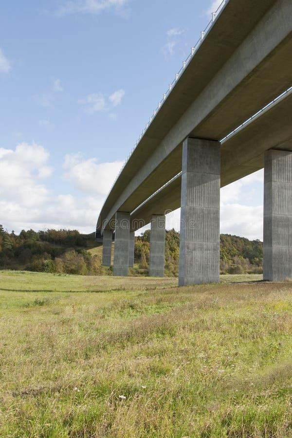 Datenbahn-Brücke lizenzfreies stockbild
