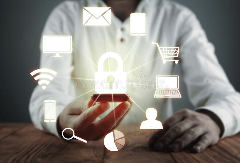 Datenschutz und Internetsicherheitskonzept Informationssicherheit Konzept des Geschäfts und der Internet-Technologie lizenzfreie stockfotos