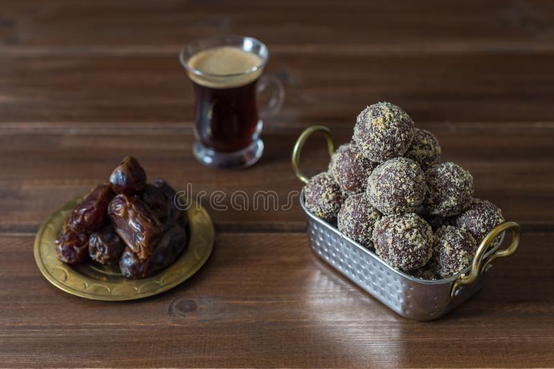 Dates and oatmeal energy balls or bites no cook stock photography