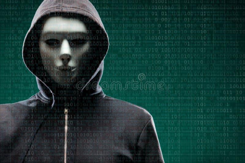 Datoren hacker i maskering och hoodie ?ver abstrakt bin?r bakgrund F?rdunklad m?rk framsida Datatjuv, internetbedr?geri vektor illustrationer