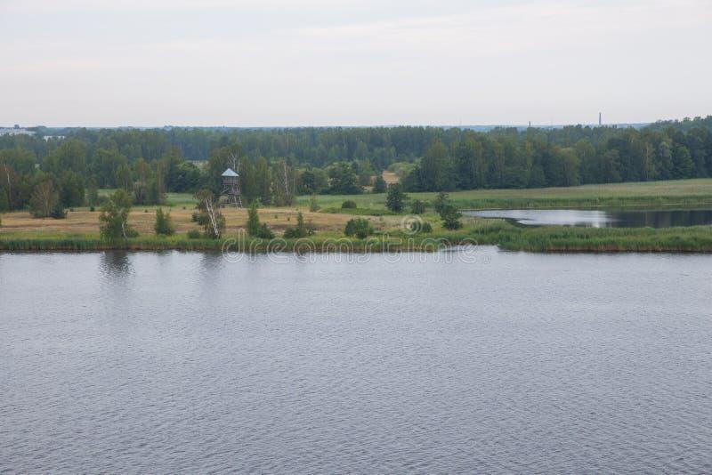 Daugava del prado y del río de Bolderaja Viajes foto de archivo