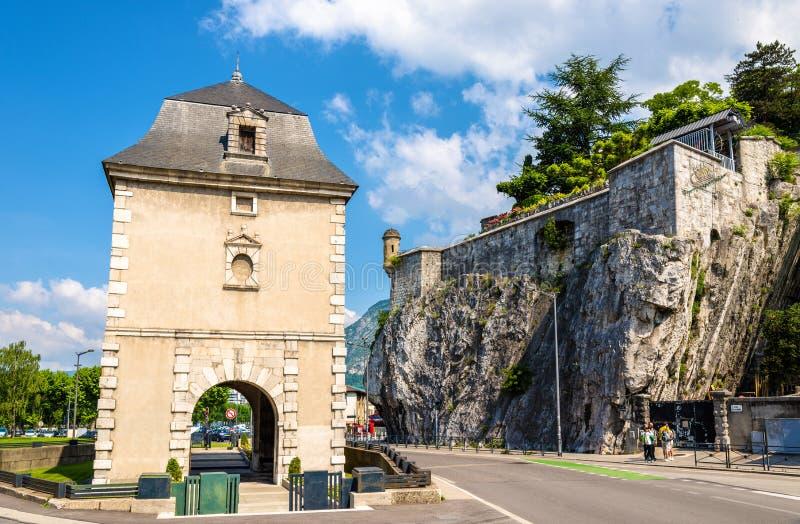 Dauphins de DES de Porte de France et de Jardin à Grenoble photos stock