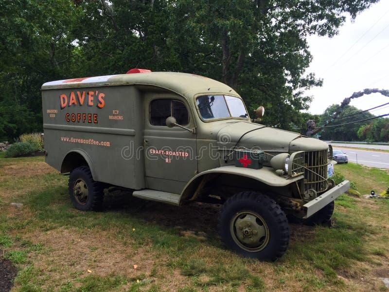 Dave' s Koffie uitstekende militaire ziekenwagen royalty-vrije stock afbeelding