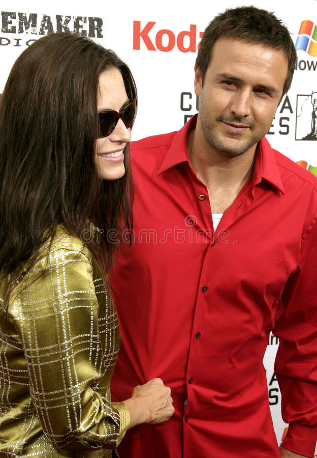 David Arquette and Courteney Cox stock images